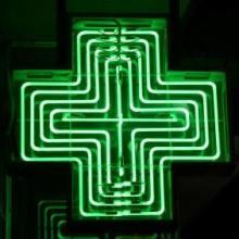 green_neon_cross